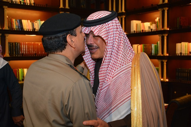 أمير الباحة يبحث مع اللواء المحرج سبل تدعيم المنطقة أمنياً