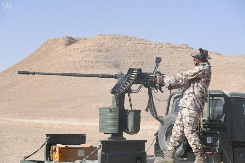 بالصور.. قوات الأمن الخاصة تدفع بخريجي دورات المدرعات - المواطن