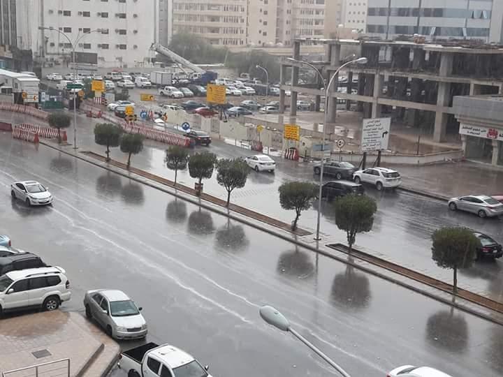 أمطار رعدية ورياح نشطة بالطائف والعرضيات وميسان