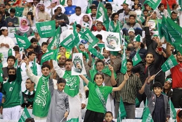 شاهد ..لقطات للجمهور قبل لقاء الأخضر السعودي والمنتخب القطري - المواطن