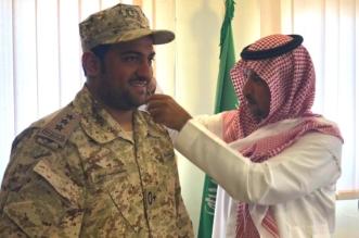 بالصور.. أمير الفوج الـ24 بالخفجي يقلد السبهان رتبته الجديدة - المواطن