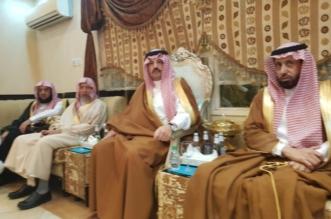 حضر شخصيًّا لمنزل المقتول.. نائب أمير عسير ينقذ مواطنًا من حد السيف - المواطن