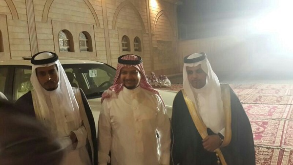 الشاعر شاكر الثبيتي يحتفل بزواجه في مكة - المواطن