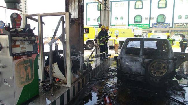 """احتراق سيارة يشعل (4) مضخات بنزين بـ""""عرفاء الطائف"""" - المواطن"""