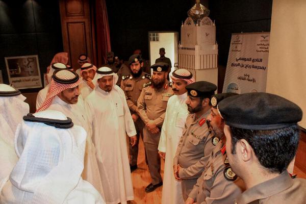 مدير عام تعليم الرياض يكرم الفائزين بمسابقات نادي إصلاحية الملز - المواطن