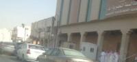 طلاب جامعة سلمان بالخرج: المواقف لا تكفي ونقف داخل الأحياء