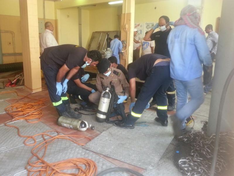 وفاة عاملان آسيويان بعد سقوطهما في بئر محطة ضخ للصرف الصحي بالدمام