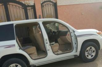 مواطن يُخصّص جائزة 100 ألف لمن يجد سارق محتويات سيارته بالجوف - المواطن