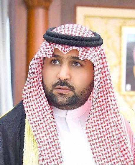 نائب أمير جازان ينقل تعازي القيادة لذوي الشهيد جعفري