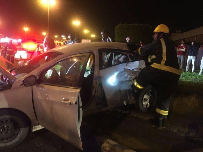 ٥ إصابات في حادث تصادم بطريق وادي وج بالطائف