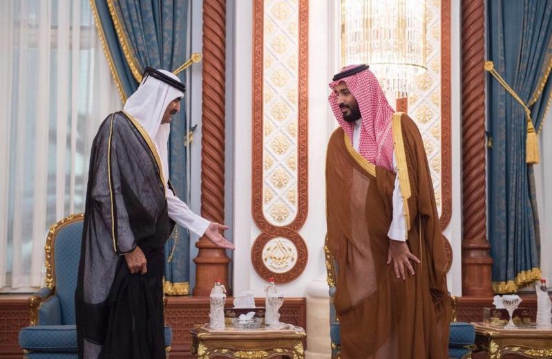 ولي ولي العهد يصل الدوحة للتقديم واجب العزاء
