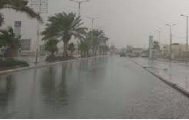 استمرار هطول الأمطار الغزيرة على 6 مناطق