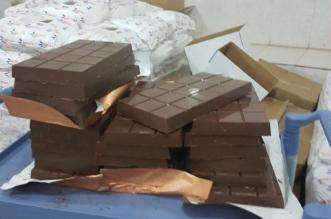 بالصور.. إتلاف 2 طن من الحلويات الفاسدة في جدة - المواطن