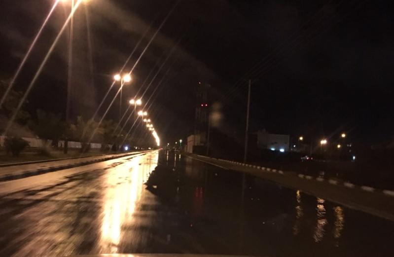 الكهرباء تتدخل بعد انقطاع الخدمة بعقلة الصقور في القصيم بسبب العواصف