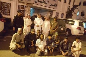 لجنة توطين عسير تقبض على 8 مخالفين وترحلهم من سوق خضار أبها - المواطن