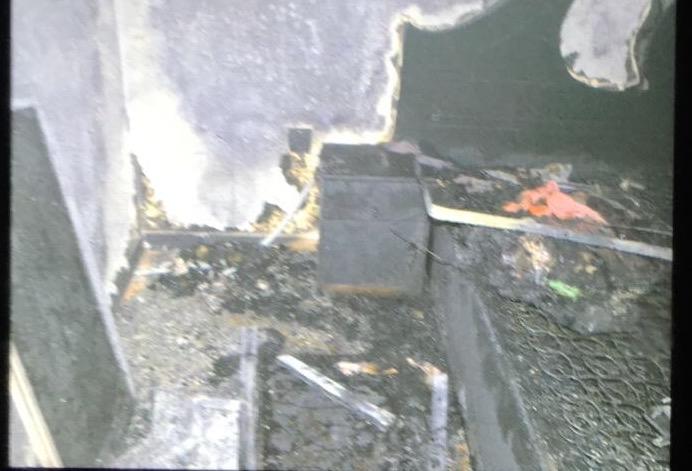 بالصور .. إنقاذ 11 شخص من حريق بناية بالمدينة المنورة