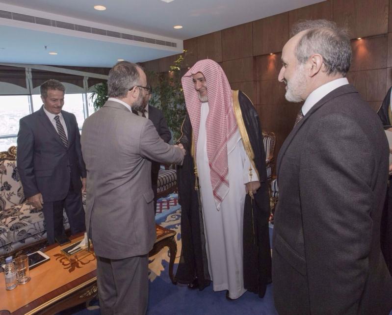 وزير الشؤون الإسلامية يستقبل وفد رئاسة الشؤون الدينية التركي