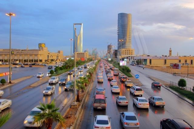 شاهد بالصور .. هكذا بدت الرياض بعد زخات المطر