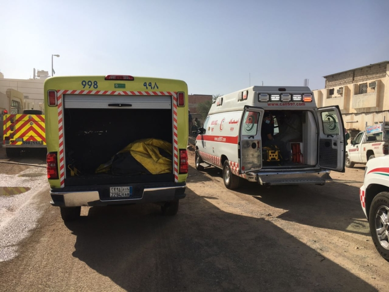 بالصور .. إصابة سيدة بحروق بليغة في حريق عمارة سكنية بالمدينة المنورة