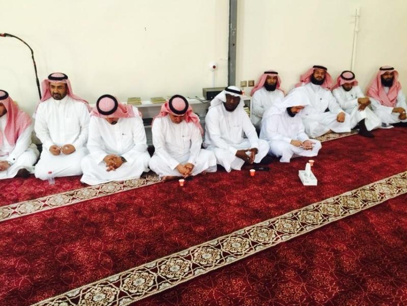 صور من احتفال مكتب التعليم بخميس مشيط بالعيد بدايه العام الدراسي
