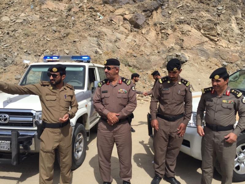 شرطة منطقة عسير تنفذ حملة أمنية مفاجئة و شاملة في جميع شرط المحافظات والمراكز المواطن