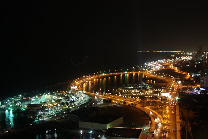 Jeddah_at_Night_by_CoffeeBubble