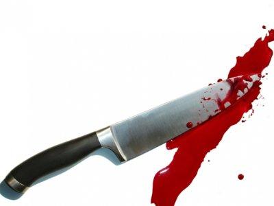 سكين - دم - طعن