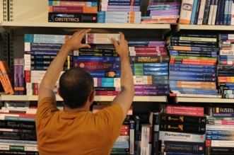 عبر 6 منصات للتوقيع.. تدشين مؤلفات 24 مؤلفًا في معرض جدة للكتاب - المواطن