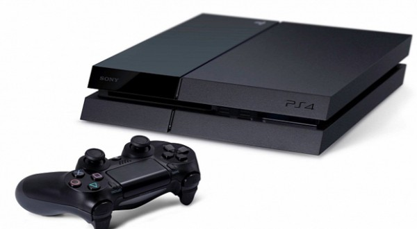 PlayStation-4-Sells-322-083-Units-in-Japan-in-Two-Days-Report