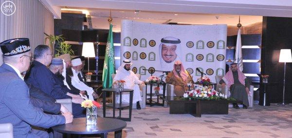 وزير الشؤون الإسلامية: أهل السنة والجماعة يواجهون تحديات كبيرة