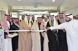 بالصور.. أمير الرياض يفتتح مركز اعتلال السكري في العين بتخصصي العيون - المواطن