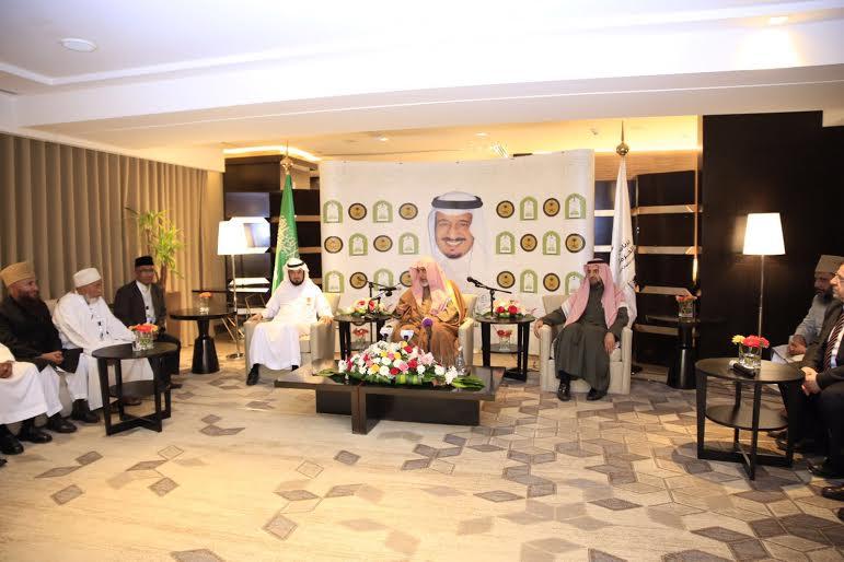وزير الشؤون الإسلامية : أهل السنة والجماعة يواجهون تحديات كبيرة