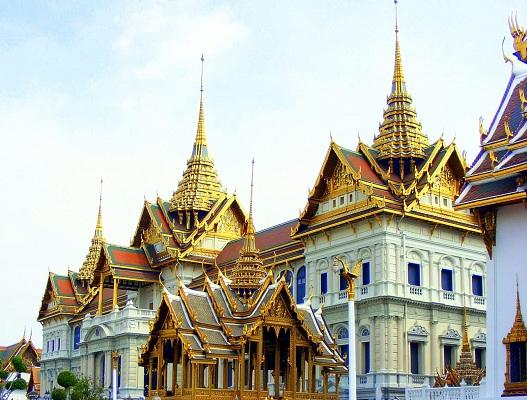 المجلس العسكري في تايلاند يمنع 155 سياسياً من مغادرة البلاد - المواطن
