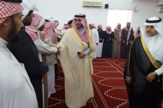 وكيل إمارة الباحة ومحافظ بني حسن يؤديان صلاة الميت على شهيد الواجبالزهراني - المواطن