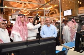 يديره 25 شابًّا سعوديًّا.. الوزير العواد يتفقد المركز الإعلامي في إثراء - المواطن