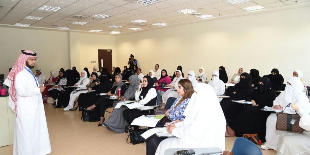 العروي يمثل المملكة في الملتقى العلمي الثاني بالكويت