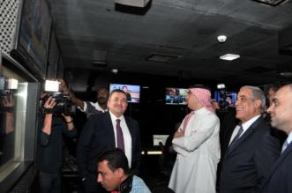 الوزير العواد يقف على تجربة مدينة الإنتاج الإعلامي بالقاهرة - المواطن