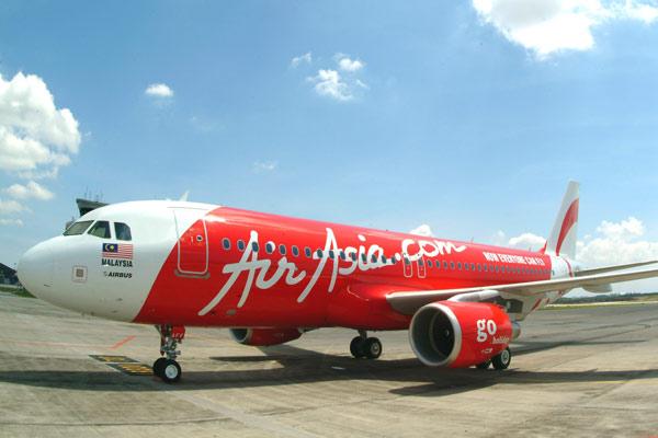 تعطل محرك طائرة خطوط آسيا يصيب الركاب بالذعر - المواطن