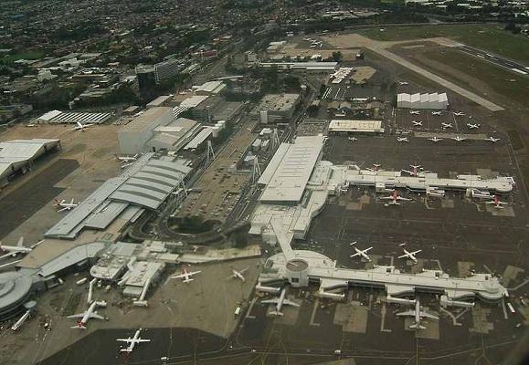 مطار أستراليا - هبوط - مهبط