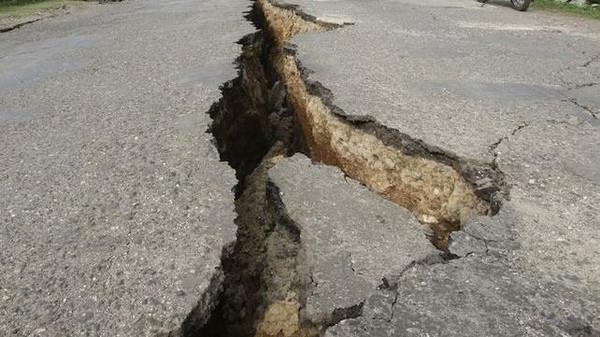 6 قتلى و420 جريحاً في زلزال بالجزائر أعقبه 30 هزة ارتدادية