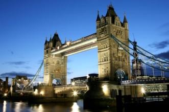 destinations london bridge hero لندن