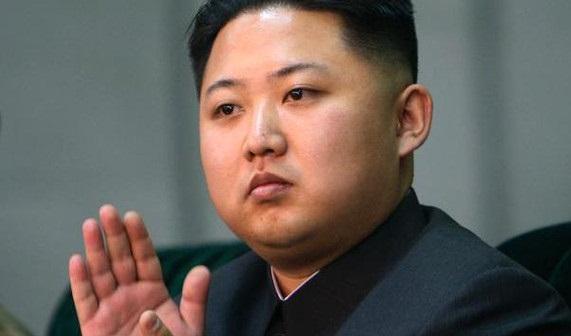 زعيم كوريا الشمالية كيم جون أون