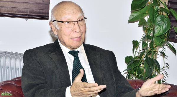 مستشار رئيس الوزراء الباكستاني للشؤون الخارجية والأمن القومي سرتاج عزيز