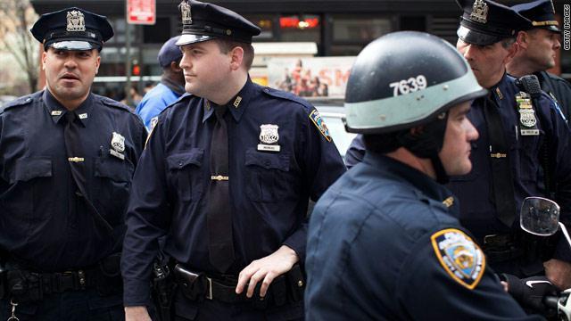 gal.American.police.jpg_-1_-1