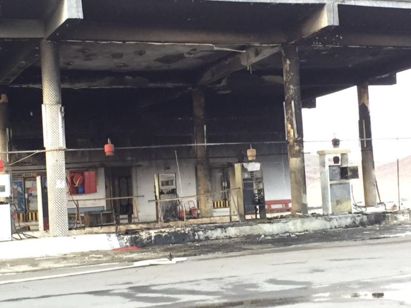 حريق يلتهم ٨ مضخات وقود بالمدينة