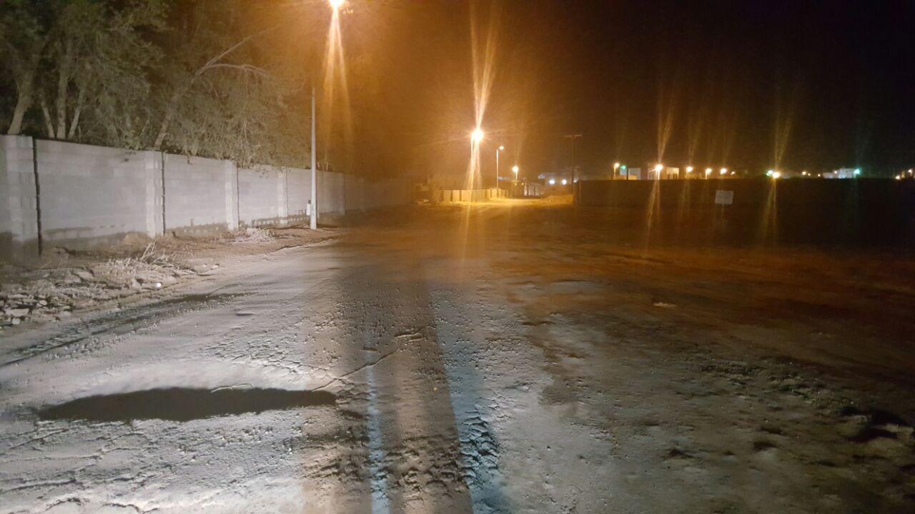 سكان حي أبو يحيى في الدرب طرقنا تنتظر السفلتة منذ 15 عاماً