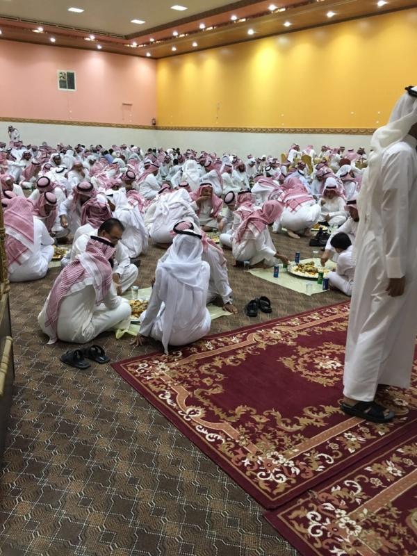 """بالصور .. الصييفي يحتفلون بزواج """" محمد """" بـ رفحاء"""