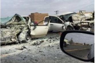 خلال ١٢ ساعة.. طريق بيشة - الخميس يحصُد ٥ وفيات و١٤ إصابة بحادثين متفرقين - المواطن