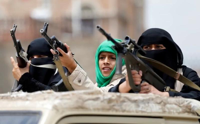 الحوثيين يجندون النساء والأطفال وينتهكون حقوق المدنين في اليمن
