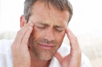تحذير.. هذه الأعراض تنذر بالصداع العنقودي - المواطن